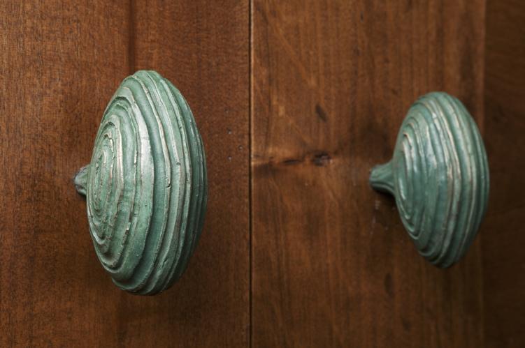 stripe-knobs